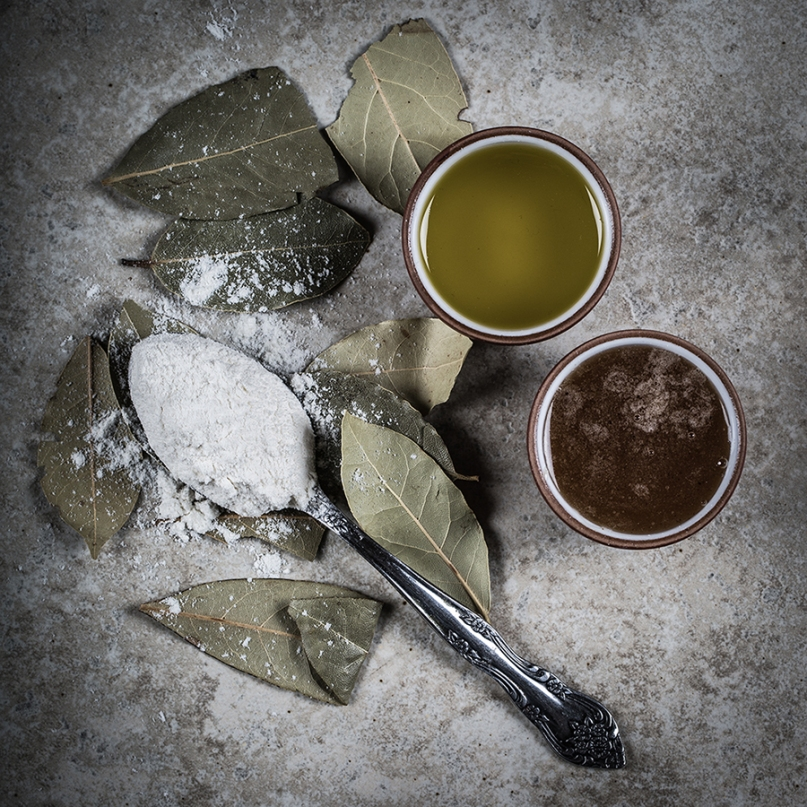Bay leaves, olive oil, honey and flour